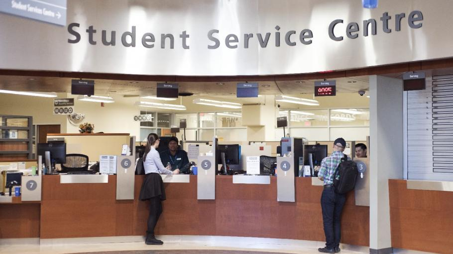 Students getting help at Student Service Centre Reception